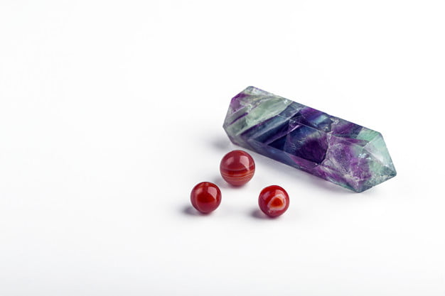 Cách sạc năng lượng cho các trang sức đá tự nhiên